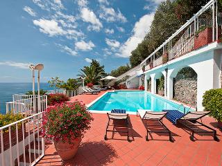 Luxury Villa on the Amalfi Coast with Pool and Sea Views - Villa Magestica - Atrani vacation rentals