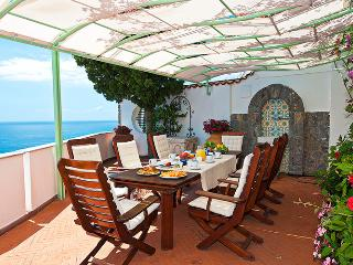Luxury Villa on the Amalfi Coast with Pool and Sea Views - Villa Magestica - Minori vacation rentals