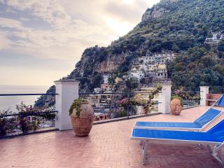 Amalfi Coast Apartment - Villa Piccola Begonia - Positano vacation rentals