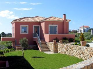 Greek Holiday Villa - Villa Thio - Svoronata vacation rentals
