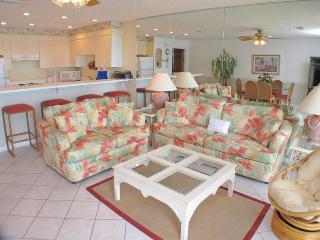 Crystal Villas Condominium B04 - Destin vacation rentals