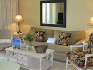 Pelican Beach Resort 1105 - Image 1 - Destin - rentals