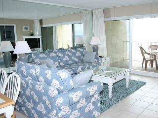 Bright 2 bedroom Condo in Miramar Beach - Miramar Beach vacation rentals