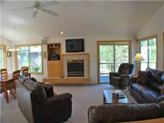 Lovely House with Deck and Internet Access - Sunriver vacation rentals