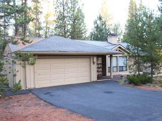Nice House with Deck and Internet Access - Sunriver vacation rentals