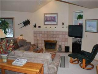 #8 Yankee Mountain Lane - Image 1 - Sunriver - rentals