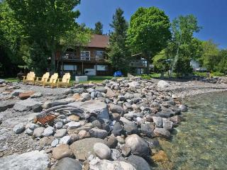 Beautiful 3 bedroom Cottage in Meaford with Deck - Meaford vacation rentals
