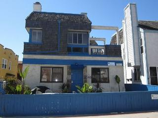 Sandy's Beach House - Pacific Beach vacation rentals