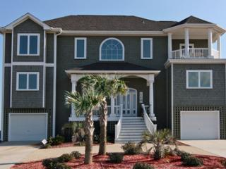 'Villa La Jolla - North Carolina Coast vacation rentals