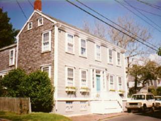 23 Hussey Street - Image 1 - Nantucket - rentals