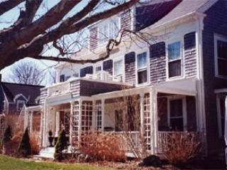 Gorgeous House in Nantucket (3502) - Image 1 - Nantucket - rentals