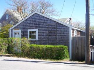 Fabulous House in Nantucket (3818) - Image 1 - Nantucket - rentals