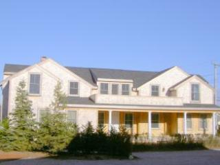 26 North Beach Street - Image 1 - Nantucket - rentals