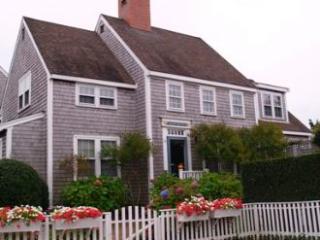 14 Netowa Lane - Nantucket vacation rentals