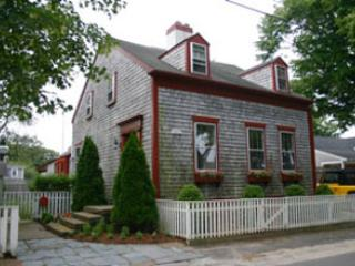 16 Vestal Street - Image 1 - Nantucket - rentals