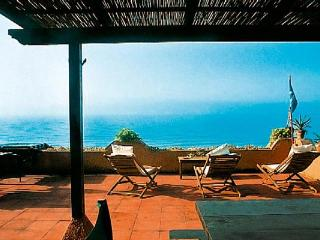 Beachfront villa near Sperlonga and Gaeta. HII DUN - Sperlonga vacation rentals