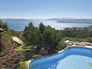 On the summit of a promontory which forms part of Porto Rafael, this small piece of paradise and exclusive resort faces the Sard - Sardinia vacation rentals