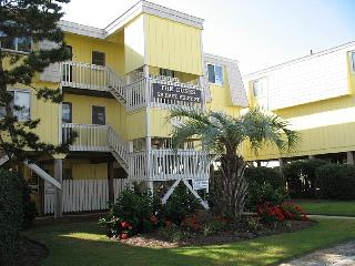 2 bedroom Apartment with Deck in Ocean Isle Beach - Ocean Isle Beach vacation rentals