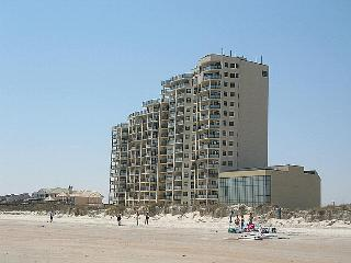 2 bedroom Apartment with Internet Access in Ocean Isle Beach - Ocean Isle Beach vacation rentals