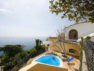 38 steps from the town square, this 2- level villa has panoramic terraces. YPI MAI - Praiano vacation rentals