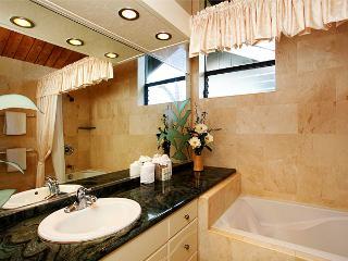 Unit 21 Ocean Front Prime Luxury 2 Bedroom Condo - Lahaina vacation rentals