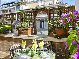 Perfect Spanish Steps-Terrace-Views- AC-Washer-Dryer-Elevator-Doorman-Flaminio - Rome vacation rentals