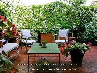 Perfect Luxury Spanish Steps, Gorgeous Big Terrace - Rome vacation rentals