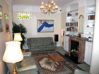 WSM - Charming 2 BR Mews House in Warwick Square - London vacation rentals