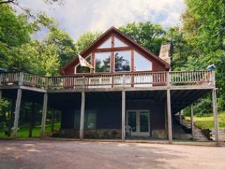 Whispering Woods - Oakland vacation rentals