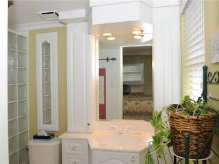Tastefully decorated 2BR condo, direct walk to beach #7 - Seven Mile Beach vacation rentals