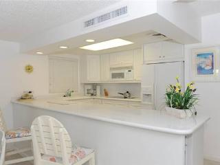 Ocean-front 2BR condo, King & Twin beds #9 - Seven Mile Beach vacation rentals