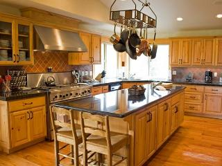 Executive Sunriver Home with Game Room and 3 Master Suites On the Golf Course - Sunriver vacation rentals