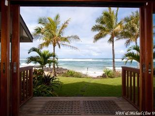 Absolute Luxury on Sublime North Shore Beach, for groups that expect the best - Laie vacation rentals
