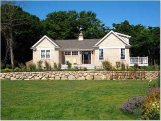 1553 - GUEST HOUSE WITH STATE OF THE ART KITCHEN & NICE WATERVIEWS. - New Bedford vacation rentals