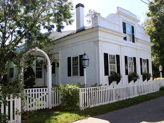 720 - Come and Relax in this Beautiful In-town Edgartown Home - Edgartown vacation rentals