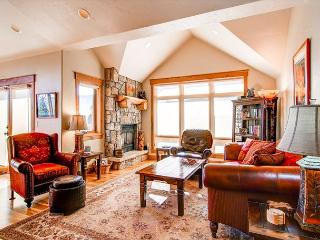 Mt Victoria Lodge J Condo Downtown Frisco Colorado - World vacation rentals