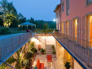 Santa Maria Del Lago - Windows On Italy - Marlia vacation rentals