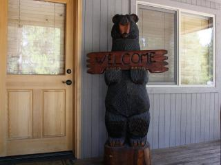Cozy House with Internet Access and DVD Player - Sunriver vacation rentals
