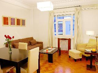 A2 - Luxury 1 Bedroom - 1.5 Bath English Cable TV - Buenos Aires vacation rentals