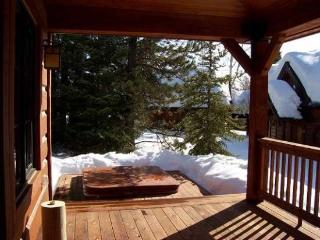 Sawtooth 51 Three Bedroom, Three Bath Chalet. Sleeps 8. WIFI. Pet Friendly. - Cascade vacation rentals