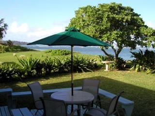 North Shore Retreat ~ Romantic Beachfront Getaway! - Laie vacation rentals