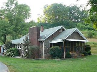 Battle Cottage - Bryson City vacation rentals