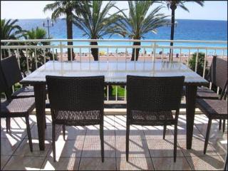 Promenade des Anglais: 3BR, 2BA, terrace, sea view