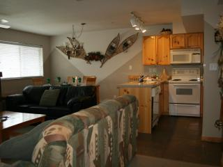 Gorgeous 2BR/2.5BA townhouse.  Walk to ski lifts! - Whistler vacation rentals