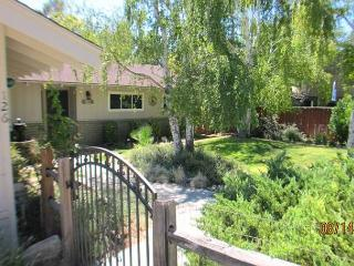 You will think you are in Tuscany with view! Next to downtown Paso - Paso Robles vacation rentals