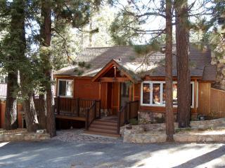 Pine Rock Cabin, Pool Table, Walk to Slopes/Golf - Moonridge vacation rentals