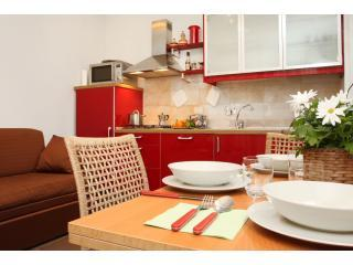 RentInTestaccio - Rome vacation rentals