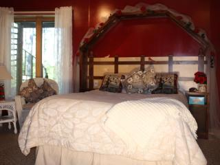 My Lake Inn Bed and Breakfast room rental - Squaw Lake vacation rentals