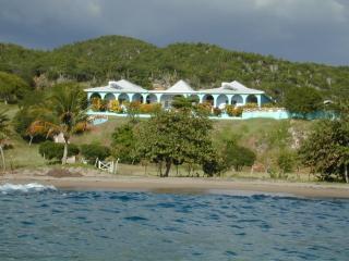 Lovely 5 bedroom Treasure Beach Villa with Internet Access - Treasure Beach vacation rentals
