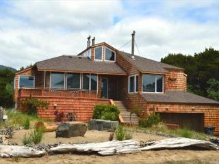 BEACH HOUSE~Incredible Ocean View Property with Hot Tub  and Game room - Manzanita vacation rentals